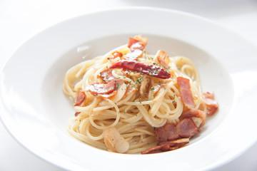 スパゲッティーニのペペロンチーノ
