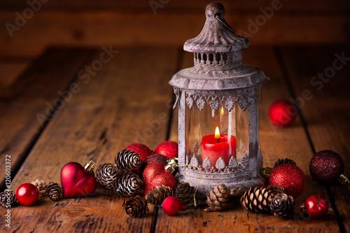 weihnachten laterne auf holz stockfotos und. Black Bedroom Furniture Sets. Home Design Ideas