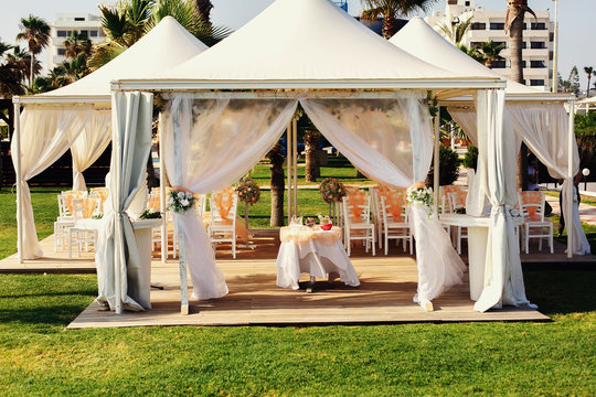 Luxurious wedding tent