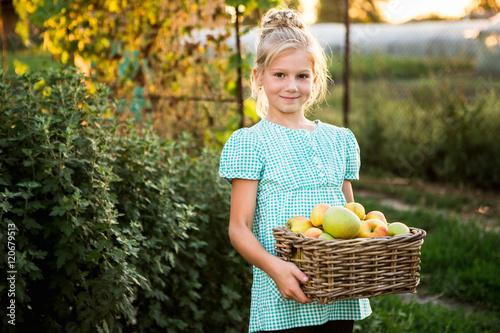 blonde-farm-girl