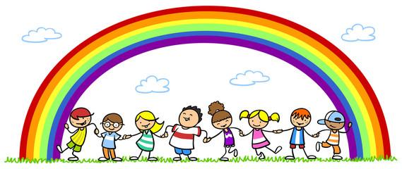 Multikulturelle Gruppe Kinder unter Regenbogen