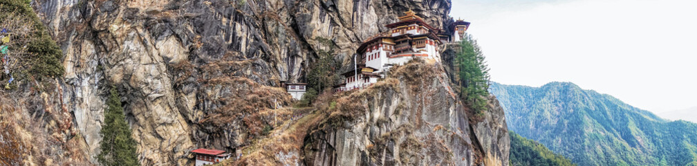Wall Mural - Taktshang Goemba or Tiger's nest Temple or Tiger's nest monastery the beautiful buddhist temple.The most sacred place in Bhutan is located on the high cliff mountain with sky of Paro valley, Bhutan.