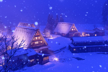 富山 五箇山 冬の菅沼合掌造りの集落