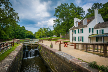 The C & O Canal, and Great Falls Tavern Visitor Center, at Chesa