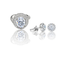 diamond ring and earrings on a white background, 3d illustration