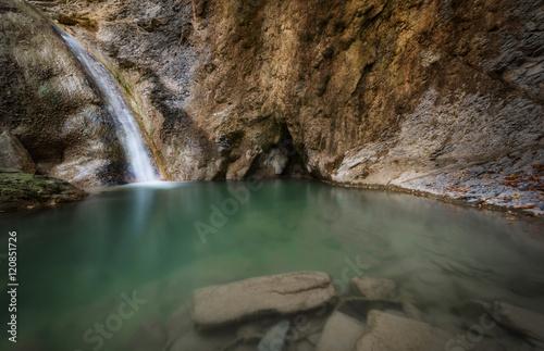 Cascata con laghetto immagini e fotografie royalty free for Cascata laghetto