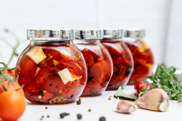 dried tomatoes in glass jar