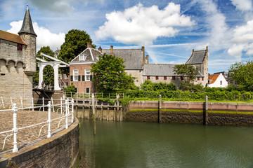 Stadt am Fluss in Holland