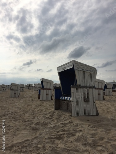 strandk rbe am meer in sylt stock photo and royalty free images on pic 120951946. Black Bedroom Furniture Sets. Home Design Ideas