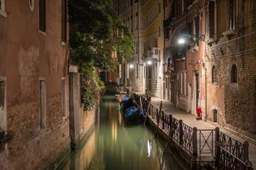 Venise de nuit pont quai Zaguri Malvasia Vecchia Rio san Maurizio