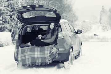 girl winter romance concept car travel
