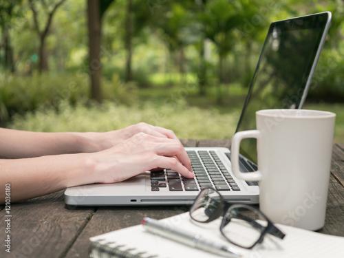 long time web writing expert - 1000×600