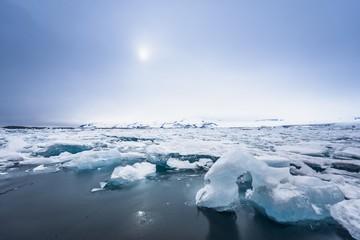Icebergs at glacier lagoon  Fototapete