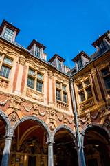 Intérieur de la vieille bourse du vieux Lille