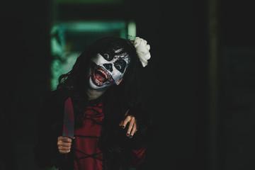 Shouting spooky girl
