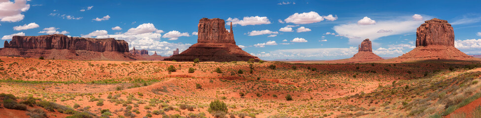 Classic western panoramic landscape in Monument Valley, Arizona