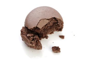 食べかけのマカロン/ショコラ