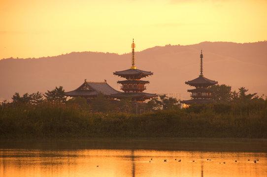 朝の薬師寺
