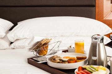 room service frühstück im Hotelzimmer