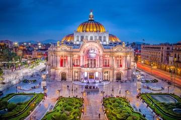 In de dag Rome Mexico City - The Fine Arts Palace aka Palacio de Bellas Artes