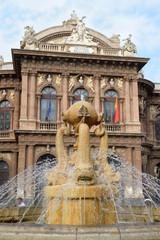 Poster Fontaine Fontaine de la place Bellini devant l'opéra de Catane