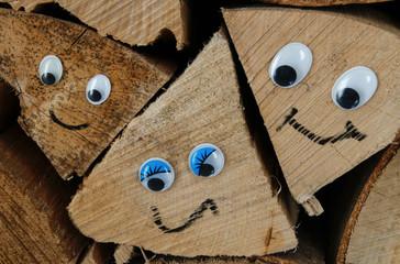 Holzgesichter