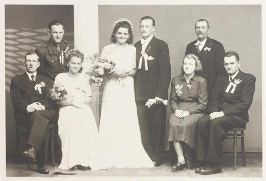 large family wedding