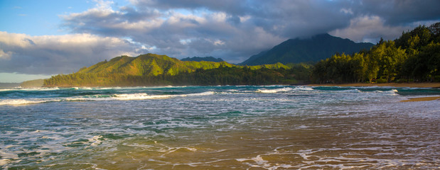 Fototapete - morning seafoam, wainiha beach