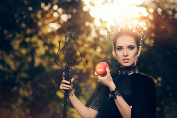 Evil Queen with Poisoned  Apple in Fantasy Portrait Fotomurales