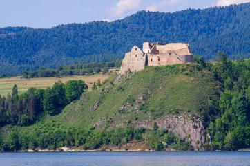 Niedzica - zamek Czorsztyn