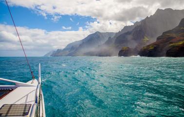 sailing, napali coast, kauai, hawaii