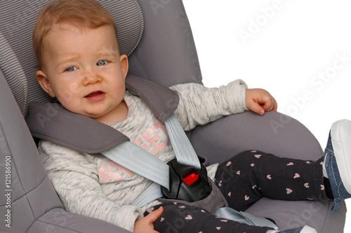 babyschale zu klein kind sitzt noch nicht so finden sie. Black Bedroom Furniture Sets. Home Design Ideas
