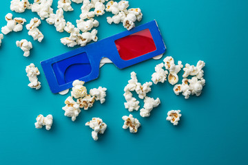 Popcorn and 3D glasses.