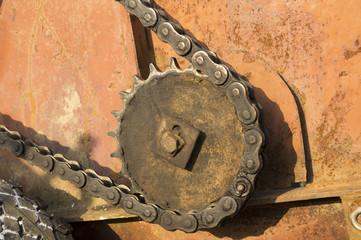 металлическая цепь привода зубчатой передачи