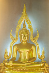 Phra Buddhajinaraja image in Wat Benchamabophit Dusitvanaram, ba
