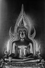black and white of Phra Buddhajinaraja image in Wat Benchamaboph
