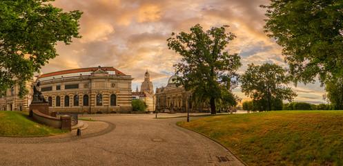 Dresden Brühlschen Garten zum Sonnenuntergang