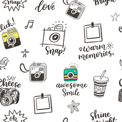 Seamless pattern with hand drawn doodle sketch photo cameras and photographic phrases