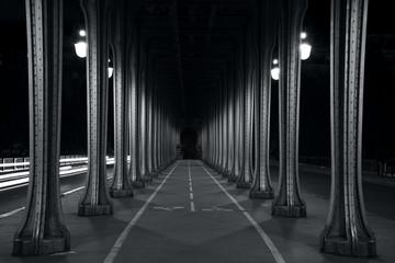 Fototapete - Bir-Hakeim bridge in paris