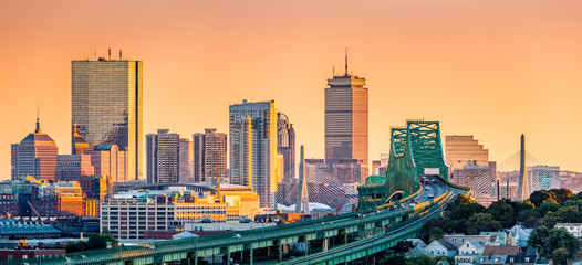 Fototapete - Tobin bridge, Zakim bridge and Boston skyline panorama at sunset.