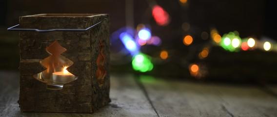 Banner helle freundliche Weihnachtsstimmung mit Laterne und Bokeh