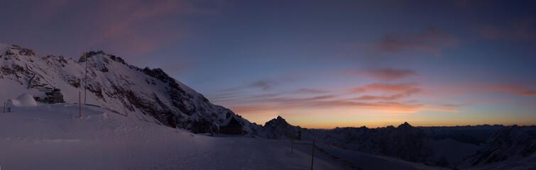 Zugspitzpanorama im Sonnenaufgang