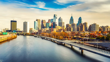 Wall Mural - Panoramic picture of Philadelphia skyline and Schuylkill river, PA, USA.
