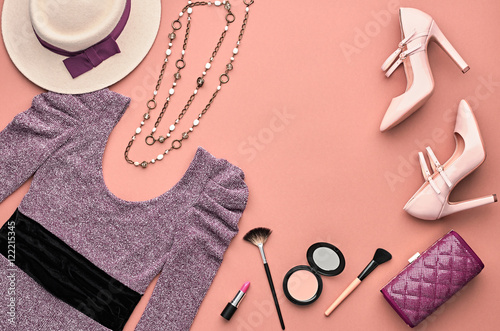 Vintage Fashion Woman Clothes Accessories Set Cosmetic
