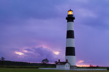 Foto op Canvas Vuurtoren Lighthouse at Dawn - Bodie Island Light - Cape Hatteras National Seashore, North Carolina Outer Banks south of Nags Head