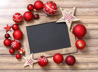 bilder und videos suchen weihnachtsbaumkugel. Black Bedroom Furniture Sets. Home Design Ideas