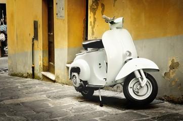 Fotorolgordijn Scooter Italian old scooter
