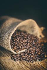 Canvas Prints Coffee beans grains de café dans un sac