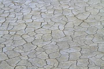 Sol craquelé par la sécheresse