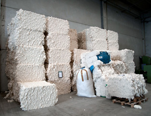 Warehouse with cotton bales